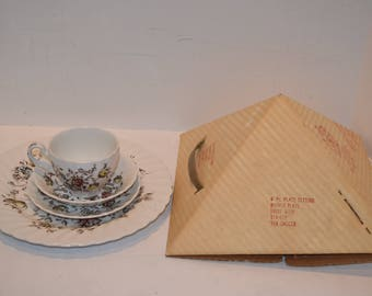 Vintage 4 Pc Place Settings - Johnson Brothers Staffordshire Bouquet - MIB