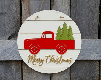 Merry Christmas Door Hanger - Retro Truck Christmas Wreath - Vintage Truck Christmas Decor