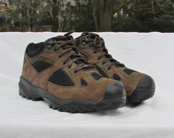 MERRELL Brown Suede Hiking Boots Ankle Boots Trail Boots with Vibram Soles,  Hiking Shoes Trail Shoes Snow Shoes All-Weather Hiking Boots
