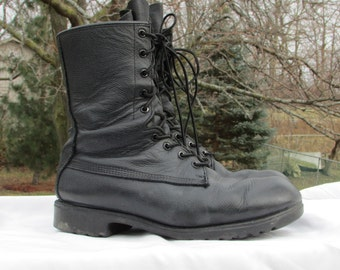 Combat Boots Size 6.5 (252/92) Military Field Boots Army Boots Black Leather Boots Goth Boots, GREB Soles, Hard Toes, Made in Canada