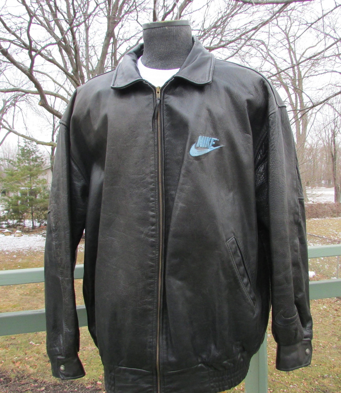 41e48218ae93 NIKE Leather Bomber Jacket Size XL Leather Basketball Coat