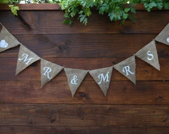 MR AND MRS Banner | Mr and Mrs Burlap Banner | Wedding Announcement | Engagement | Rustic Wedding Decor | Mr & Mrs Banner | Bride and Groom