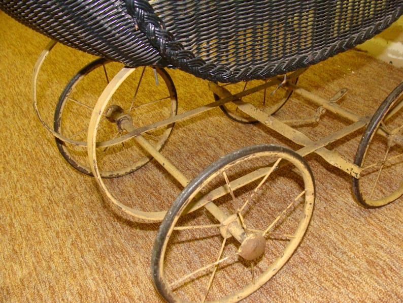 Antiques Vintage Wicker Baby Doll Carriage Buggy Strollers Home Decor Planter Utmost In Convenience