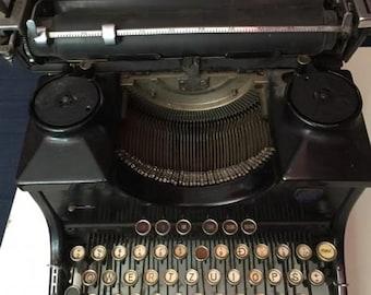 Germany typewriter Triumph (1936)
