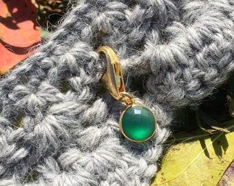 Progress Stitch Marker for Knitters and Crocheters - Green Onyx Bezel Set in Gold Vermeil // Use on all Yarn Weights up to Cat #6