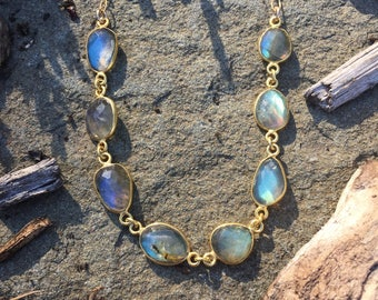 Deluxe Labradorite Freeform Bezel Set Gold Vermeil Necklace on a 14K Gold-Filled Ovals and Rounds Chain - 18 inches