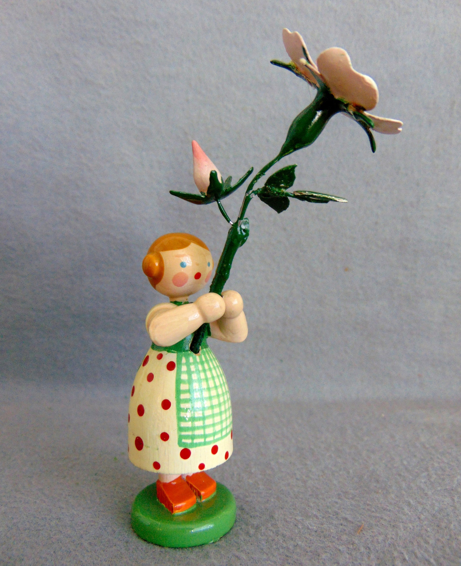 Vintage German WEHA Erzgebirge Easter Display Ornament Flower Girl