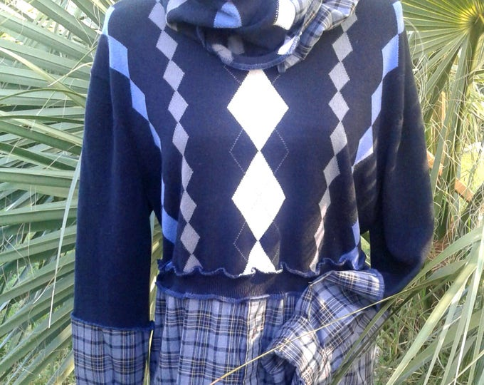 L,xl,large,lagenlook,upcycled,sweater,boho,bohemian,medium,large,fall,green,blue,neck,scarf,infinity,boot,socks,crop,top,flannel,argyle
