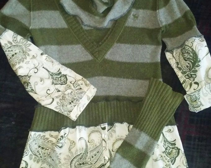 Lagenlook,upcycled,sweater,top,irish,st. Patricks day,boho,bohemian,medium,large,fall,green,grey,vneck,flannel bali