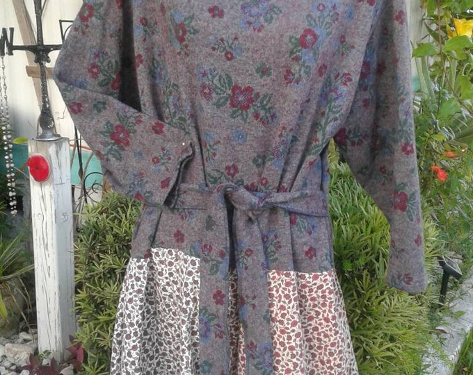Plus boho upcycled sweater dress 1x 2x 3x w/ belt floral gray