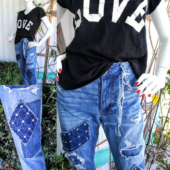 Womens size 6 upcycled clothing ripped patch distressed jean outfit boho goth jeans denim hippie fringe boyfriend  medium punk 31 bling
