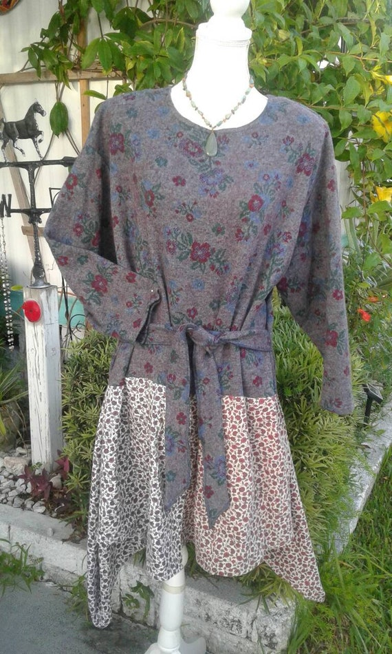 Plus boho upcycled clothing sweater dress 1x 2x 3x w/ belt floral gray