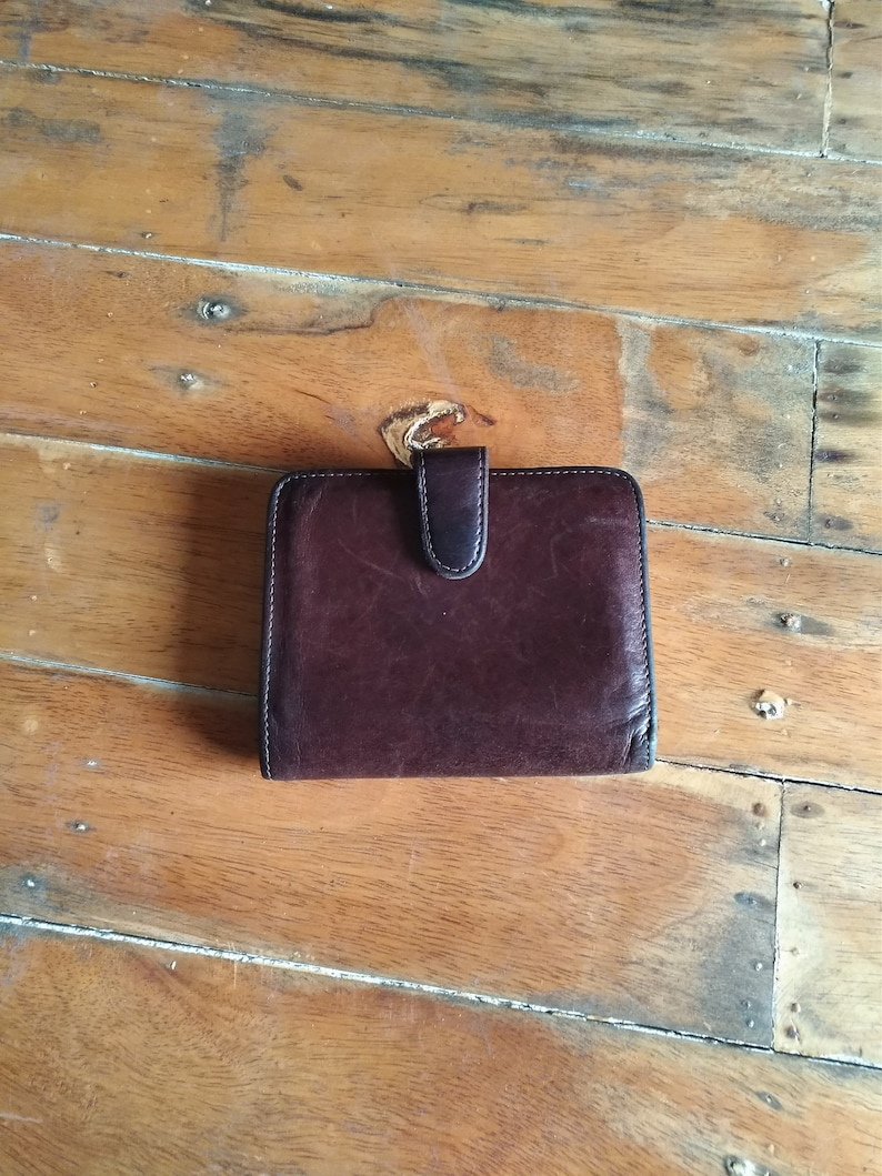 e55cf68c2c RARE ! COACH Vintage Mahogany Brown Leather Bifold Wallet with Coin Pocket  Snap with Kiss Lock / for Men and Women