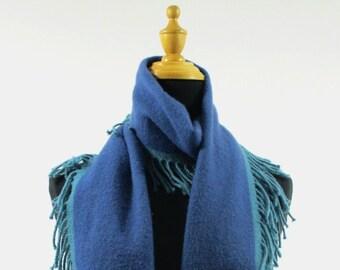 Glen Elgin Lossie laine d agneau bleu solide heureux foulard Wrap ff72f1bf420