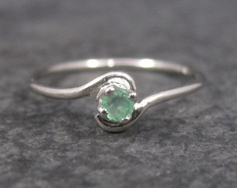 Dainty Sterling Minimalist Emerald Ring Size 5