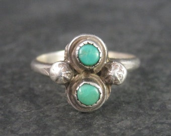 Dainty Vintage Southwestern Sterling Turquoise Ring Size 5