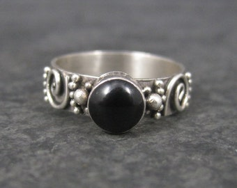 Vintage 90s Balinese Sterling Onyx Ring Size 5