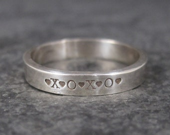 Vintage XO Hugs and Kisses Band Ring Sterling Size 6