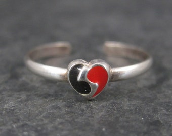 Vintage Sterling  Yin Yang Wave Toe Ring