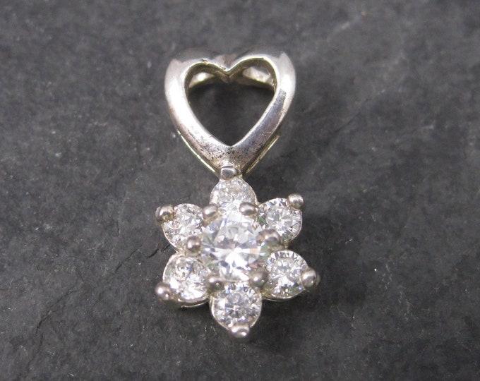 Dainty Zirconia Heart Flower Pendant