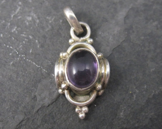 Small 90s Sterling Amethyst Pendant