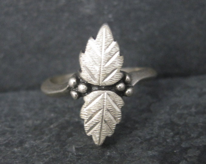 Vintage Black Hills Sterling Leaf Ring Size 5.5