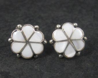 Vintage Southwestern Mother of Pearl Inlay Flower Earrings