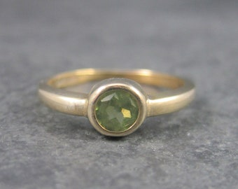 Vintage 10K Yellow Gold Peridot Ring Size 6.5