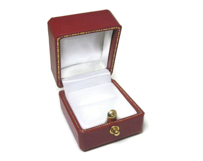 Antique Style Red Engagement Ring Box