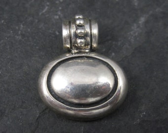 Vintage Oval Balinese Sterling Pendant