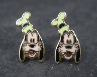 Vintage Licensed Disney Enamel Goofy Earrings