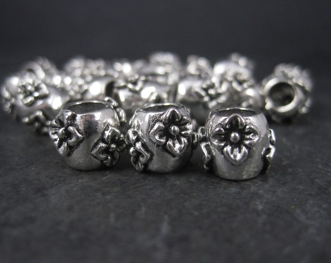 Destash Lot of 22 Silver Plated Floral Bead Pendants