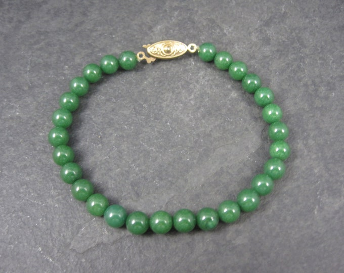 Vintage 60s Jade Bead Bracelet 7.5 Inches