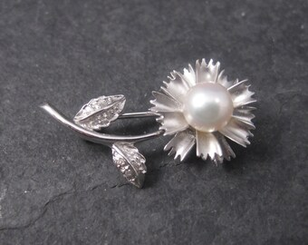 Vintage 14K Pearl Diamond Flower Brooch