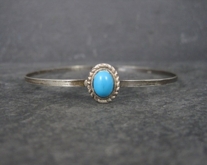 Dainty Vintage Southwestern Sterling Turquoise Bangle Bracelet 7.5 Inches