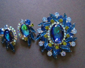 Juliana Bermuda Blue Brooch Earrings Set Heliotrope Watermelon DeLizza & Elster Demi Parure Vintage