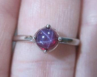 Vintage 10K Linde Star Ruby Ring Size 6.25 New Old Stock