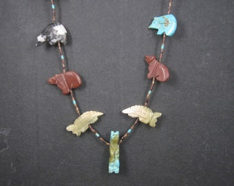 Vintage Native American Navajo Heishi Carved Animal Fetish Necklace