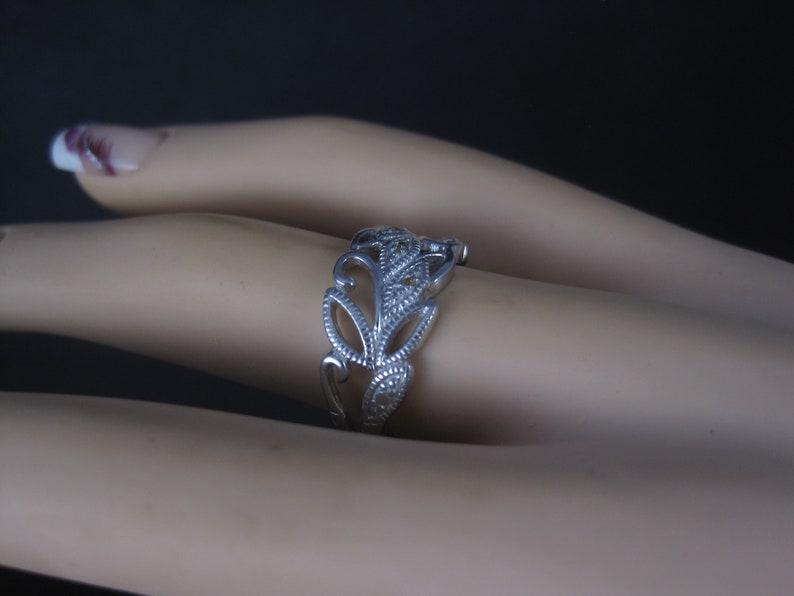 Vintage Sterling Diamond Leaf Ring Size 7