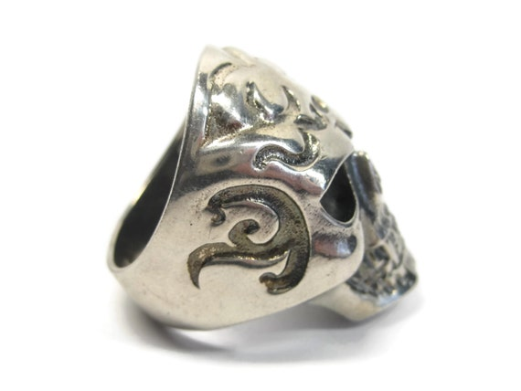 Mens Estate Sterling Vampire Skull Ring Size 11 - image 8