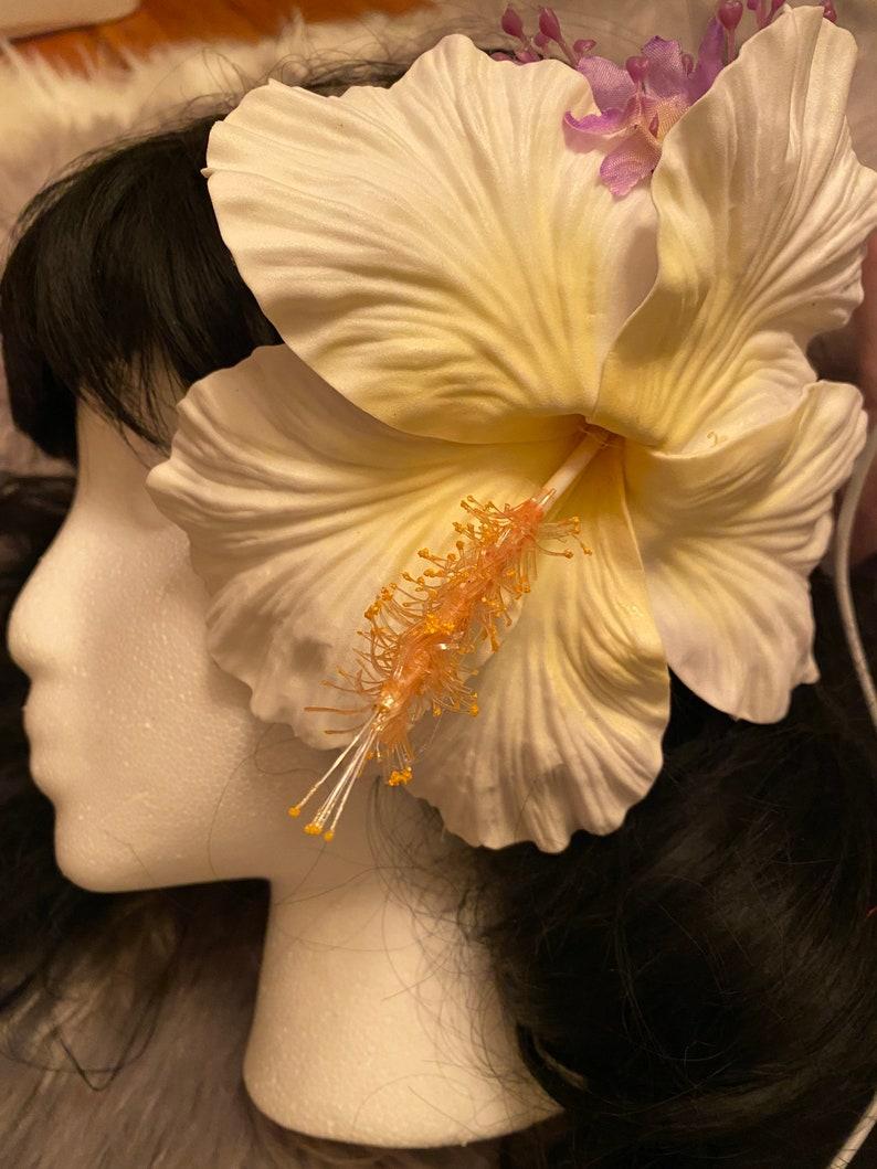 Giant Hair Flower