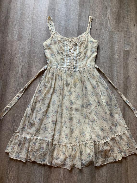 Gunne Sax Size 13 Yellow Floral Prairie Dress