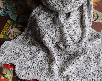 Scarf, shawl, hand-knitted in a beautiful pattern, lace pattern and soft yarn, merino wool and cashmere mixture, high-quality unique item
