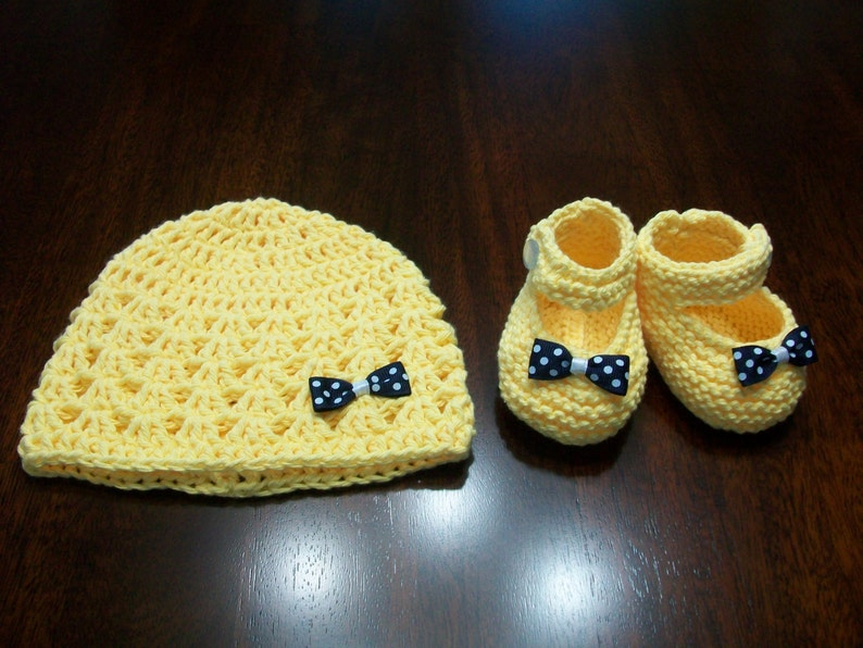 56dab51ff Yellow Baby hat and booties set, Yellow Infant Beanie, Yellow Infant  Booties, Infant Booties, Yellow Baby Beanie and Shoes, Yellow baby Set