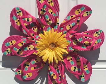 Pineapple flip flop wreath
