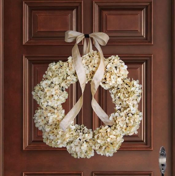 Crème hortensia Couronne | Couronnes de porte d'entrée | Couronnes d'hiver | Couronne de printemps | Couronnes de mariage | Couronne en plein air
