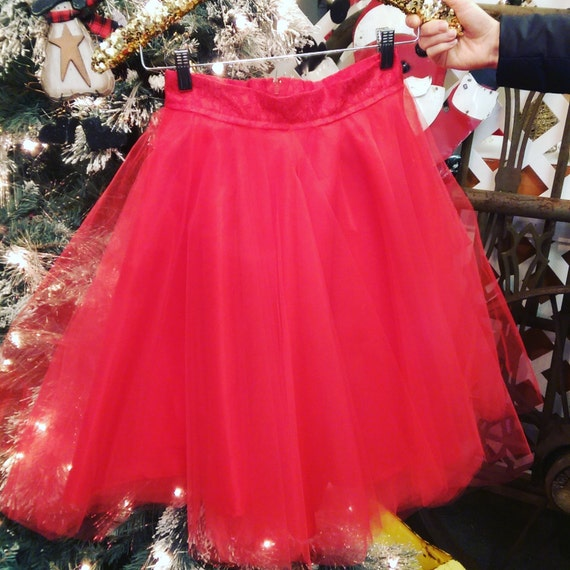 Red tulle skirt with Lace band
