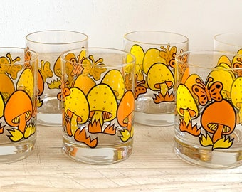 c0174239da60 Vintage Mushroom Glasses - Set of 8 Drinking Glasses - Mushroom   Butterfly  Glassware
