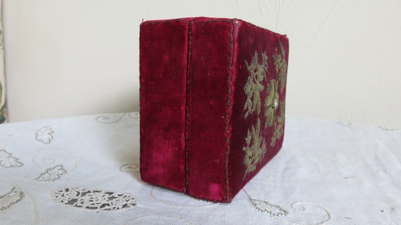 French Red velvet box//trinket  box/small sewing … - image 10