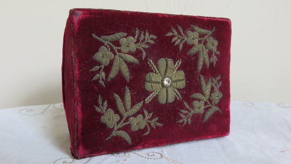 French Red velvet box//trinket  box/small sewing … - image 3